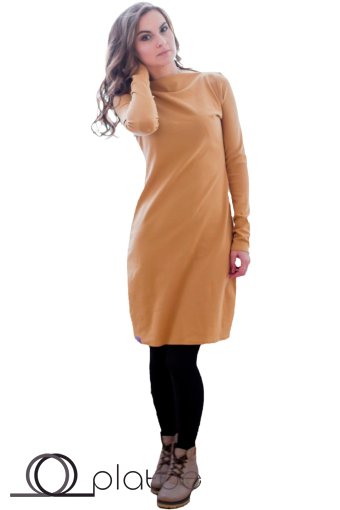 Платье с воротником стойкой